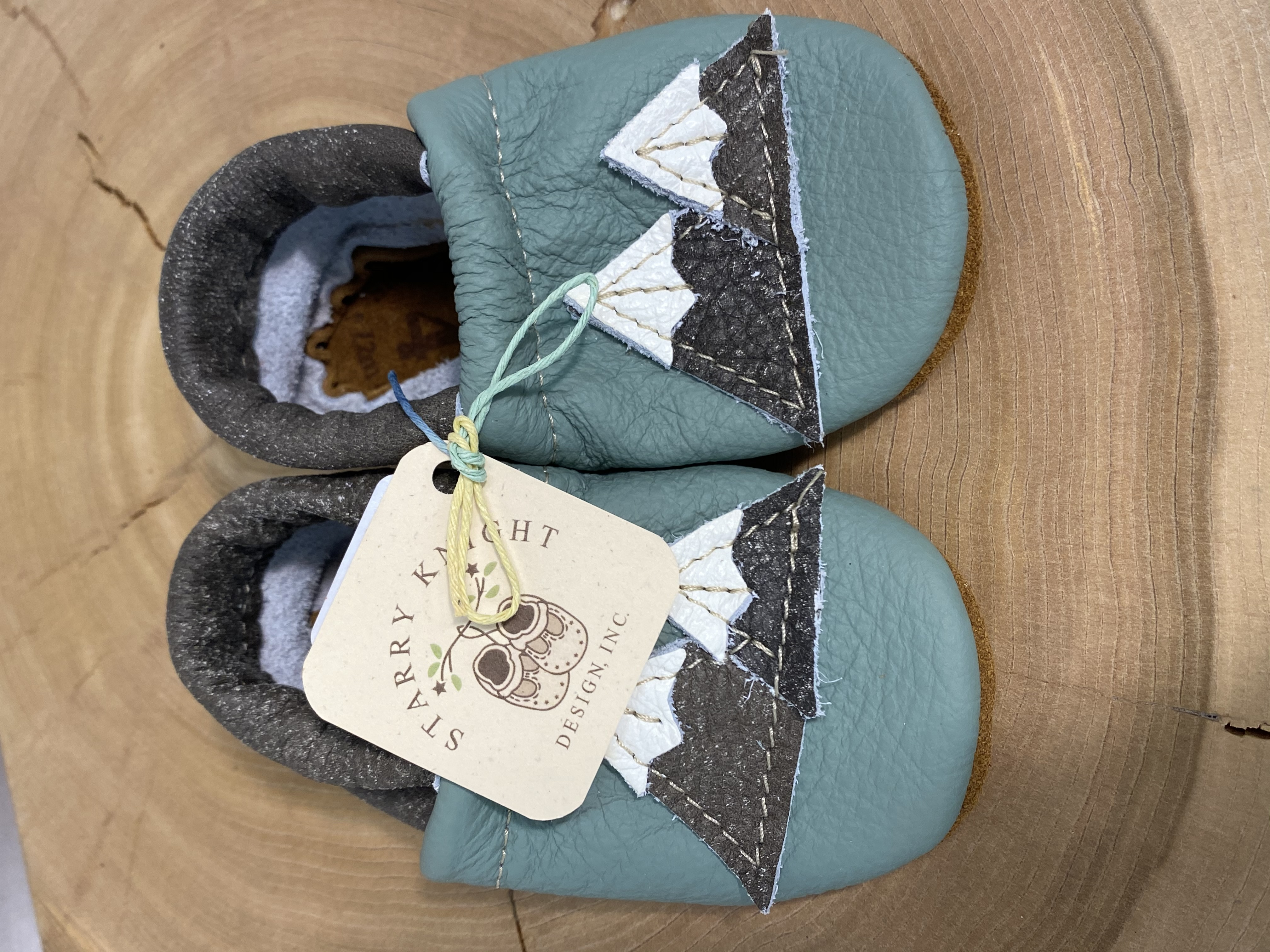 Starry Knight Designs Leather baby Moccasins with Mountains